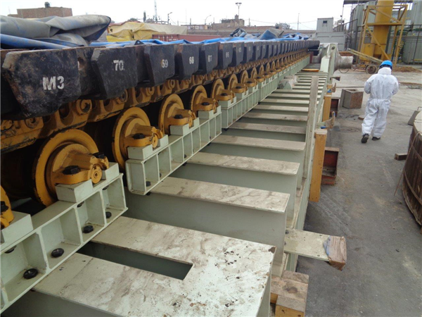 "LOT of (5) UNUSED FLSMIDTH Apron Feeders, (1) 2.5m x 11m (8' x 36') and (4) 1.6m x 10m (5' x 32'10""), each with 374 kW (500 HP) motor"