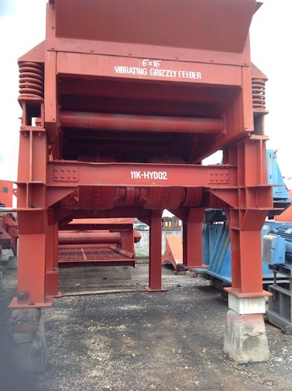 ALLIS CHALMERS  6' x 16' (approx 1880mm x 4880mm) Low Head Vibrating Feeder