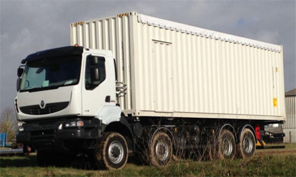 RENAULT Rigid Truck Chassis 8x8 with Lube System