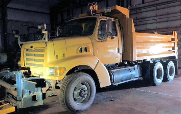 1999 Mack Sterling Lt9511 Plow