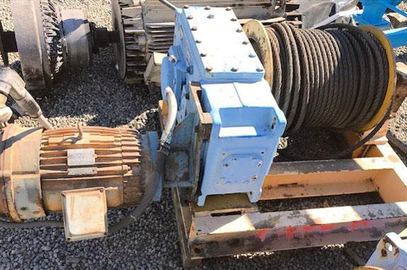 2 Units - Winches With Flender Gearbox And Lincoln 15/7.5 Hp Motor, 1765/885 Rpm