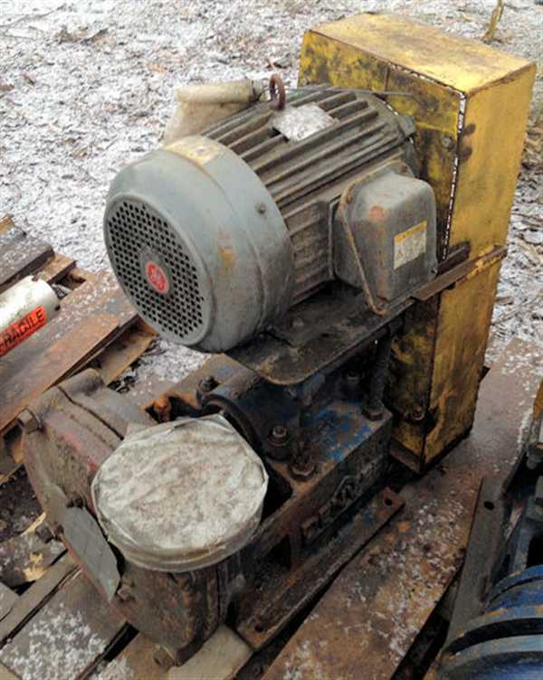 DENVER Centrifugal Pump with 10 HP motor