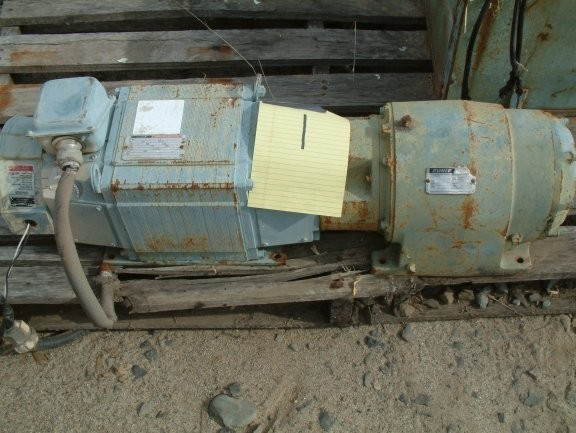 RELIANCE ELECTRIC Gearbox, Size 140TC/TM16A, 70.6:1 ratio with 1.5 Hp Motor