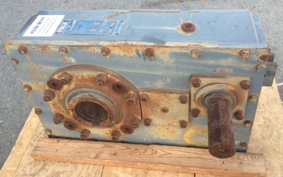 FALK Model 415J25B1  7-132161 Shaft Mounted Drive with Backstop
