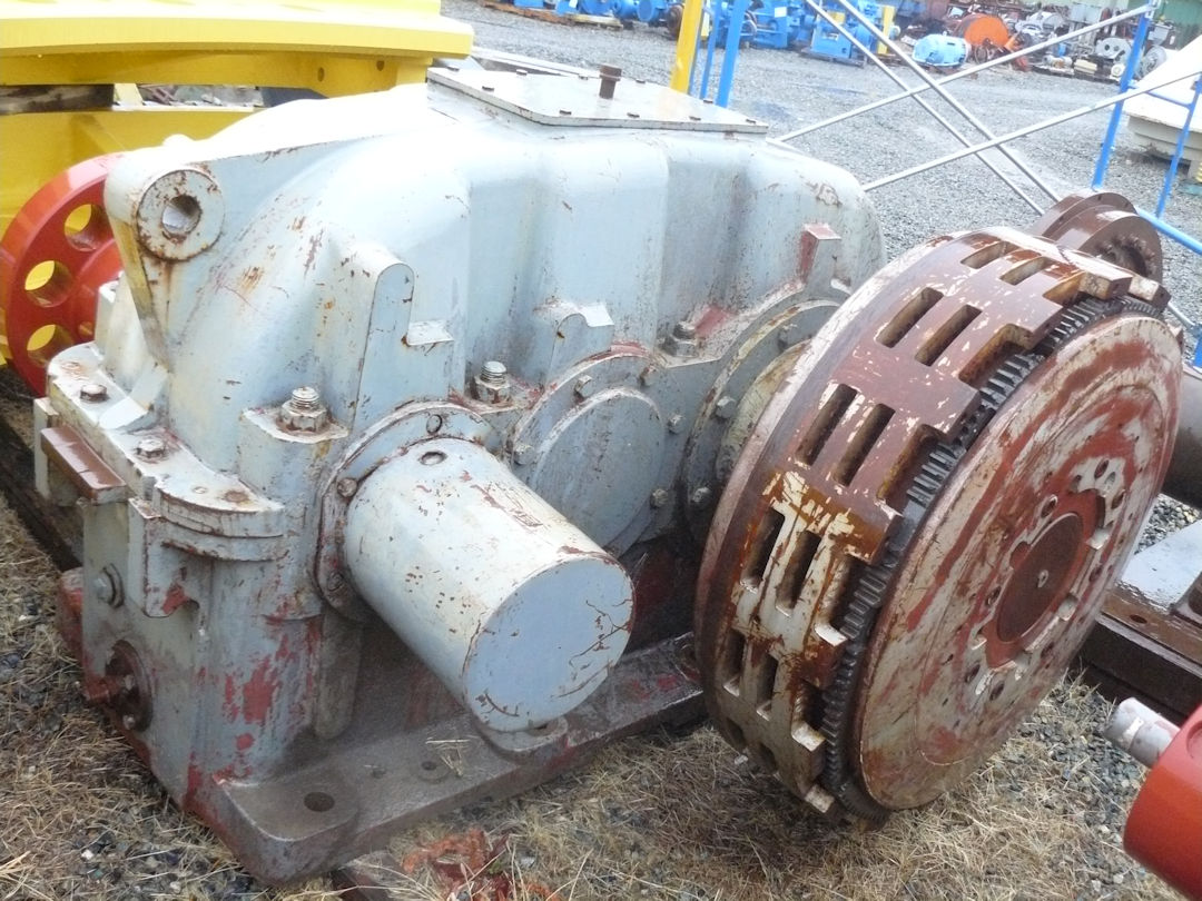 2 Units - Flender Double Reduction Gear Reducers, Type Szn 500, Ratio 1:7.916 And Inching Drive Gearbox