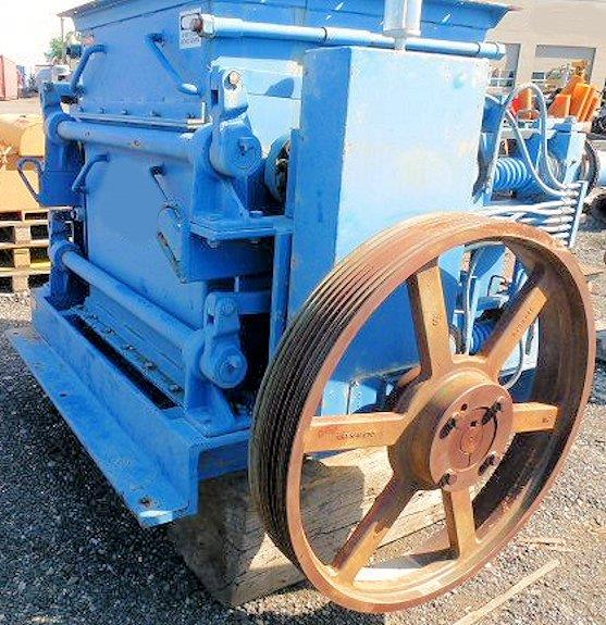 "GUNDLACH Model 36DA Roll Crusher, 36"" W Rolls, 2-State Standard Duty with 50 HP motor"