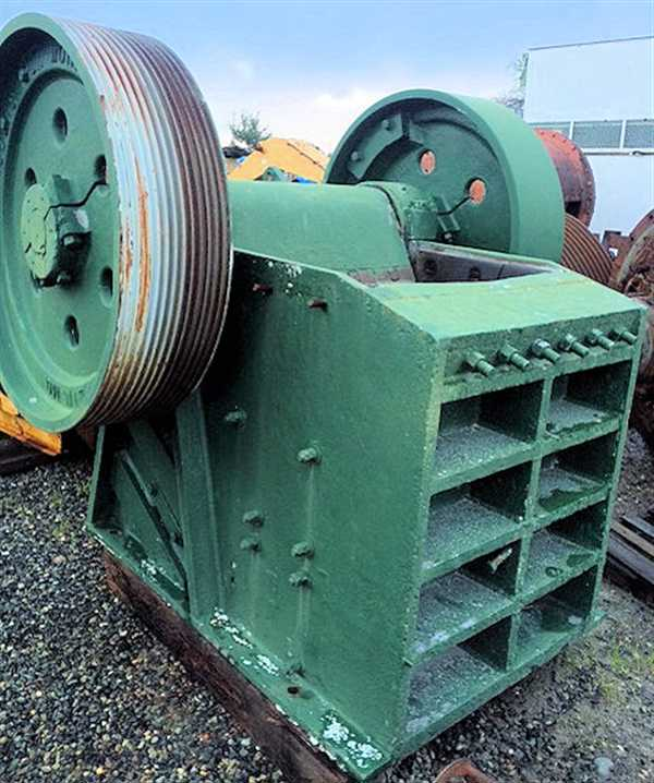 "Rogers Iron Works 24"" X 36"" Jaw Crusher"
