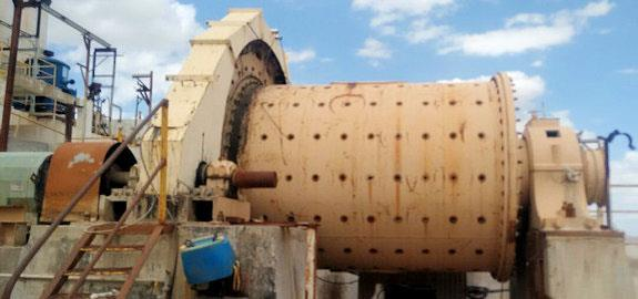 TRAYLOR 8' x 11' Ball Mill with 300 HP motor. Includes Knelson and Falcon Concentrators
