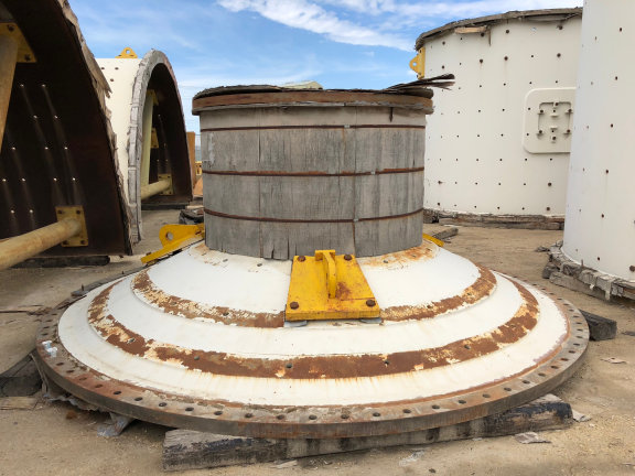 Unused Metso 22' X 10.25' (6.7m X 3m) Sag Mill With 3,300 Hp (2463 Kw) Abb Lss Synchronous Motor With Acs 6,000 Vfd & Liners & Liner Handler
