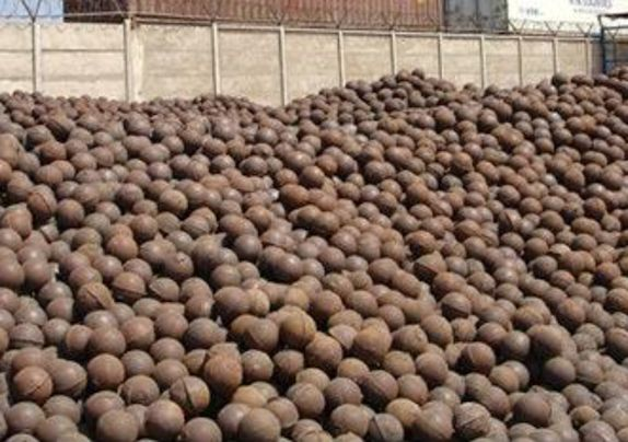 """100,000 Units/Tons of Used High Quality, approximately 3"""" to 6"""" size Forged Steel Grinding Balls"""