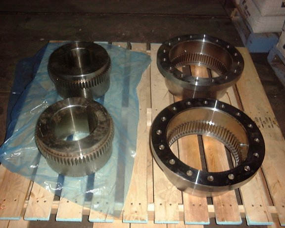 Falk Ball Mill Coupling, No. 1055g-10, Two Hubs And Two Sleeves