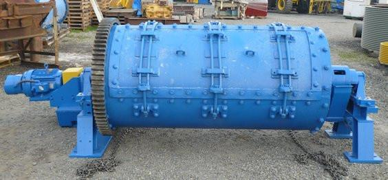 Unknown Manufacturer 3' x 6' Tumbler Batch Mill