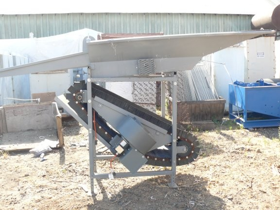 "Rare Metals Llc Model S-10 Dry Air Concentrator With 1/4 Hp Motor, 24"" W X 57"" L Belt, Capacity Approx. 6 Tph"