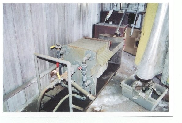 "Eimco/denver 8-plate Filter Press. Plates Are 18-1/2"" X 18-1/2"", Hydraulic"